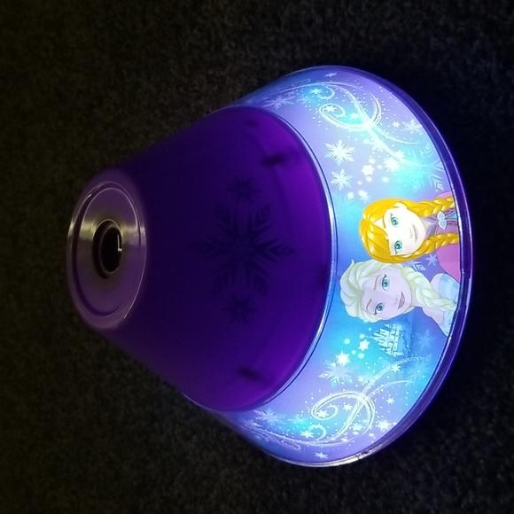 Disney Frozen Night Light/Projector